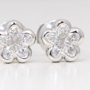 18K White Pear Diamond Studs 0.7 Ct H C19000276